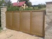 Kovové ploty a brány