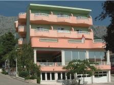 Drvenik – Hotel Ivando ***