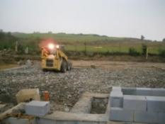 Pokládka betonových prefabrikátov