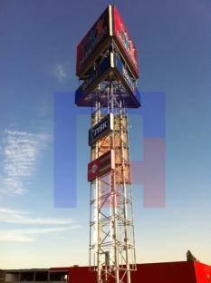 Radvaň Retail C - reklamný pylón