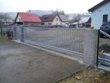 Samonosné pojezdové brány