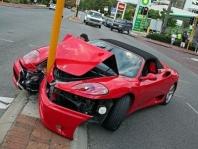 Opravy havarovaných vozidel, následné lakování