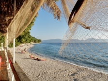Gradac - viac než 7 km nádherných pláží...