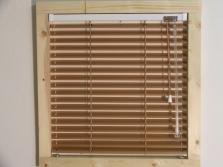 Horizontální žaluzie pro plastová okna a eurookna