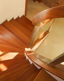 Výroba speciálního a atypického nábytku