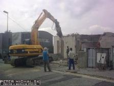 Prenájom stavebných strojov - bager JCB JS210