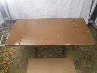 Čistenie povrchov dreveného nábytku,okien,dverí, bez rozdielu na druhu dreva.