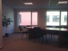 Pronájem nových kanceláří na okraji Olomouce.