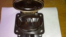 Zásuvka 16 A ploché kontakty