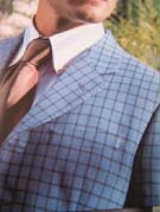 Oblek s košilí na míru