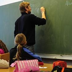 Pro jazykové a státní školy výhodnější podmínky