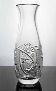 Ručně broušená váza z olovnatého křišťálu