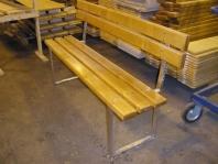Výroba skládacích lavic a stolů