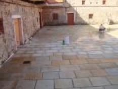 Čištění a renovace pískovcových materiálů