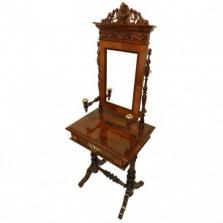 Restaurování starožitného nábytku