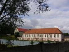 Prodej pozdně barokního zámku v Sukoradech