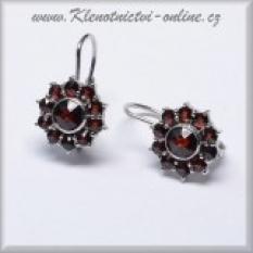 Granátové šperky