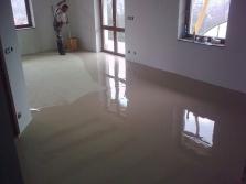 Realizujeme podlahy kompletně od A do Z - Oto Jakšík