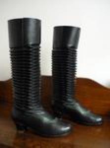 Krojové boty a opasky