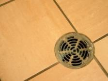 Čistenie domových a priemyselných kanalizácií