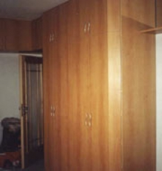 Skříně a vestavné skříně