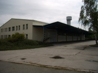 Hala 1 500 m2