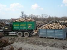 Štípané dřevo měkké