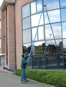 čistenie okien až do výšky 20 metrov