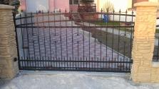 Výroba kovových brán