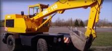 Nakladanie stavebnej sute, zeminy a sypkých materiálov