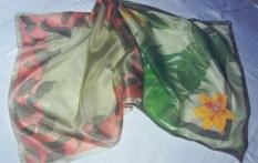 Rručně malované a batikované oděvní doplňky