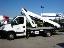 ZLT auto a.s. - Hydraulické nakládací plošiny
